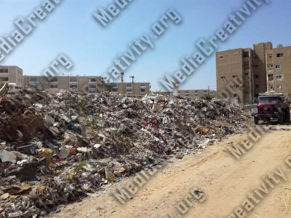 جبل القمامة أمام محطة قطار الشيخ زايد بالإسماعيلية