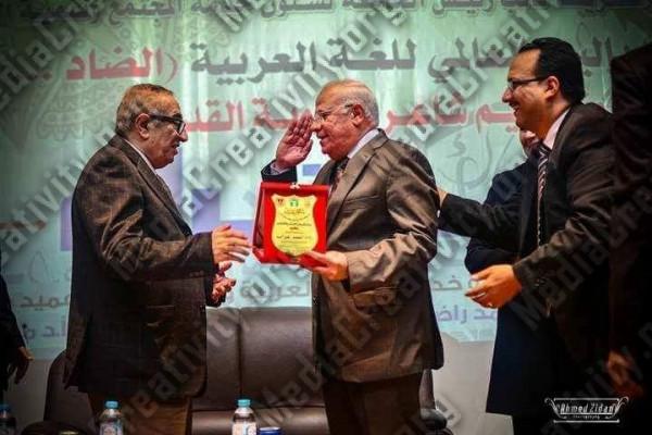 الشاعر أحمد غراب أبن محافظة بورسعيد